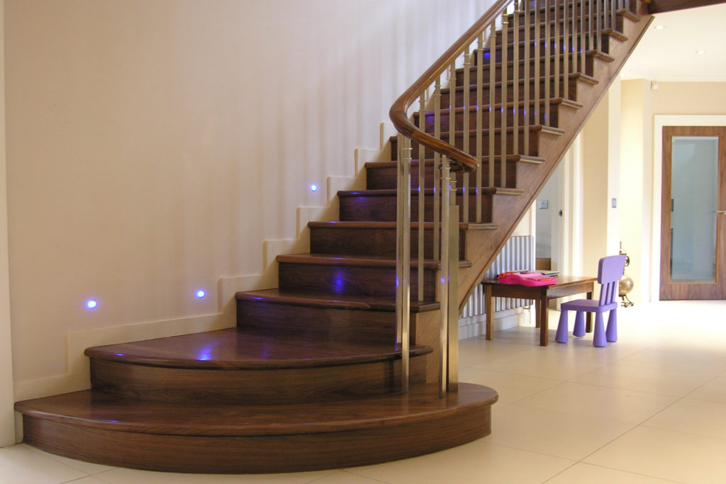 How To Maintain Indoor And Outdoor Wooden Staircases